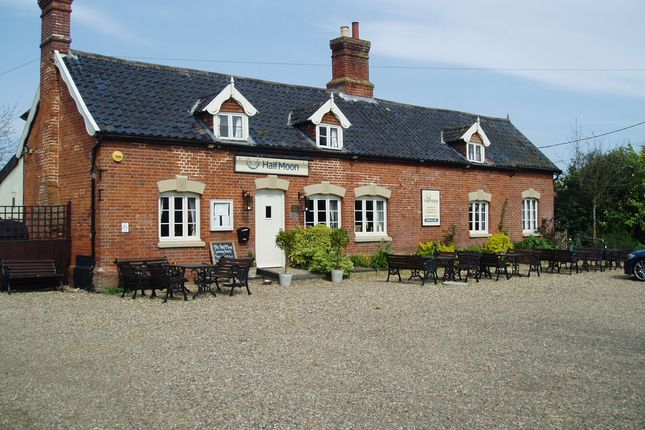 Thumbnail Pub/bar for sale in The Street, Norfolk: Rushall