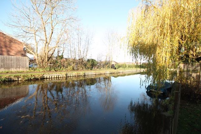 Canal View of Meadow Lane, Trentham, Stoke-On-Trent ST4