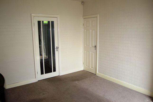 Lounge of Standish Close, Sheffield S5