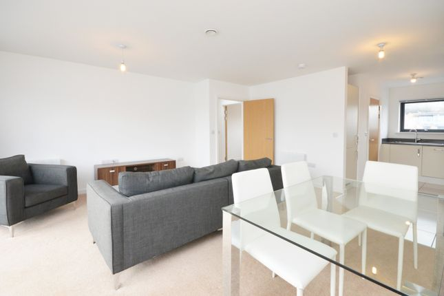Thumbnail Duplex to rent in Canons Way, Bristol
