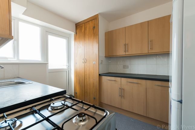 Thumbnail Flat to rent in The Pines, Beulah Hill, London