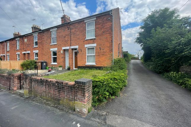 2 bed terraced house to rent in Love Lane, Andover, Hampshire SP10