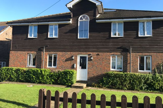 Thumbnail Flat to rent in Selby Rise, Uckfield