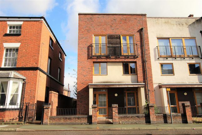 Thumbnail Property for sale in Salop Road, Oswestry