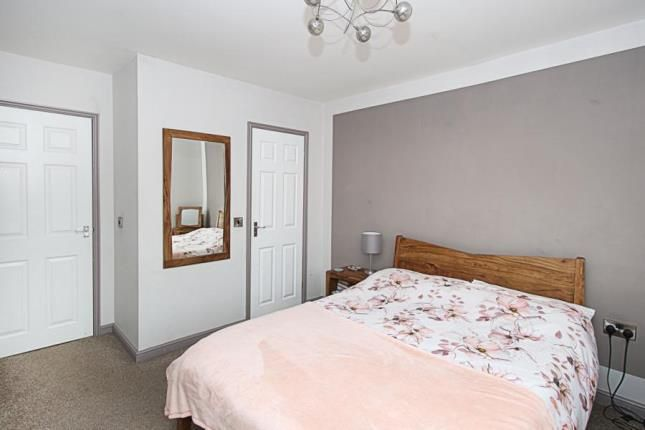 Picture No.19 of James Walton Place, Halfway, Sheffield, South Yorkshire S20