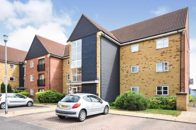 2 bed flat for sale in Howard Road, Chafford Hundred, Essex RM16