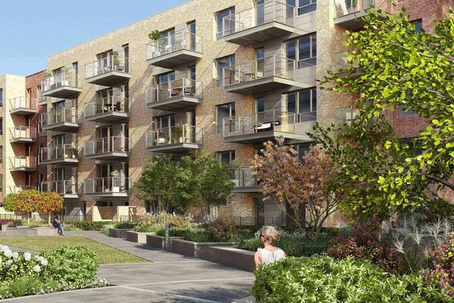 Thumbnail Flat for sale in Smithfield Square, Hornsey