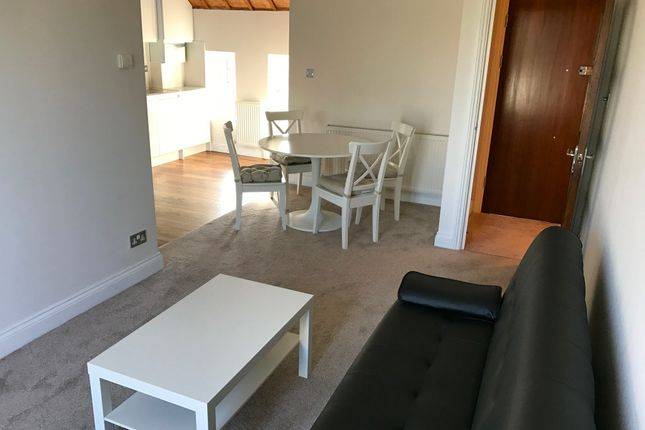 Thumbnail Flat to rent in Ashcombe Gardens, Edgware