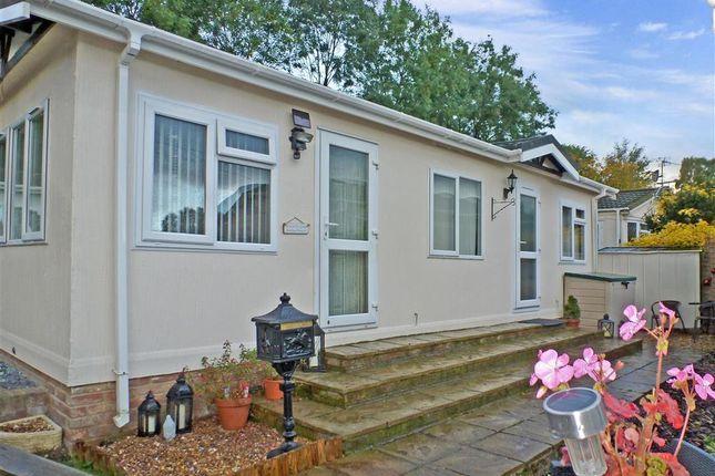 Thumbnail Mobile Park Home For Sale In East Hill Knatts Valley Sevenoaks