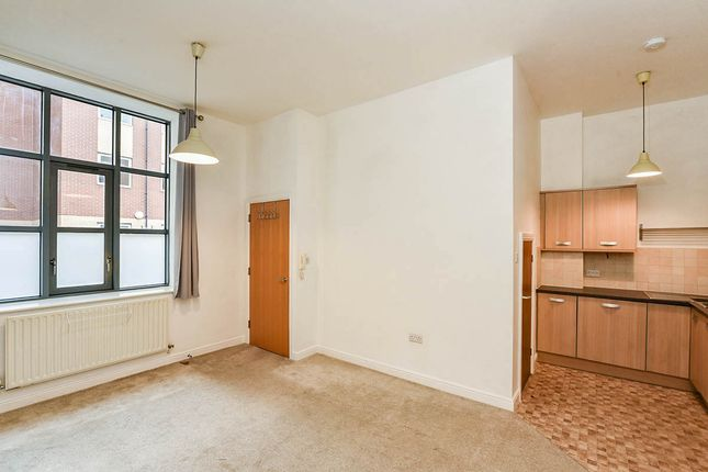 Thumbnail Terraced house for sale in Kings Court, 71-76 Wright Street, Hull, East Yorkshire