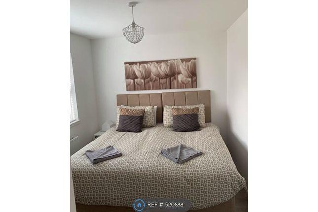 Flat to rent in Mathew Court, Grangemouth