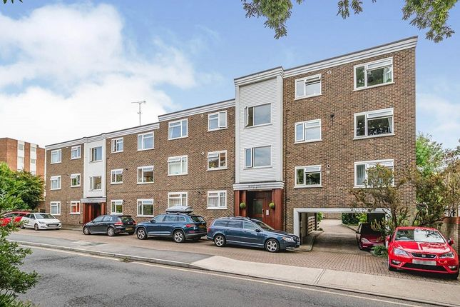 Thumbnail Flat to rent in South Bank, Surbiton