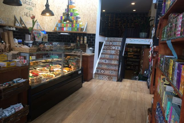 Thumbnail Restaurant/cafe for sale in Kentish Town Road, London