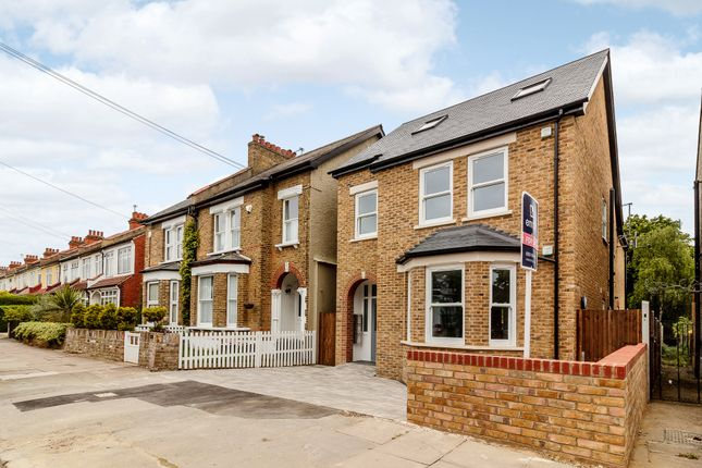 Thumbnail Flat for sale in Flat1, 64A Tremaine Road, London