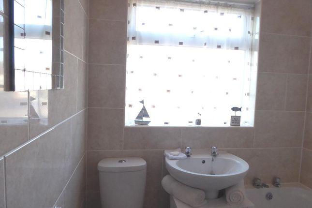 Bathroom of National Avenue, Hull HU5