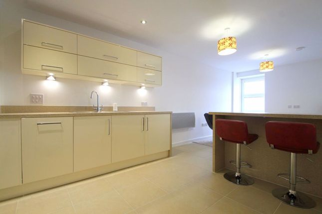Thumbnail Flat to rent in Pendeen House, Prospect Place, Cardiff Bay
