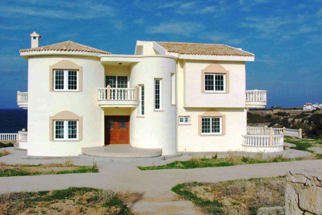 Thumbnail Villa for sale in Bahceli, Kyrenia