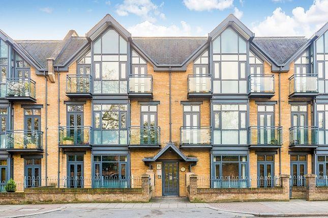 Thumbnail Property to rent in Putney Bridge Road, Wandsworth