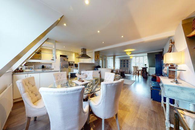 Thumbnail Duplex to rent in Elsham Road, London