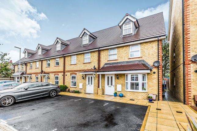 Thumbnail End terrace house for sale in Portslade Mews, Portslade, Brighton