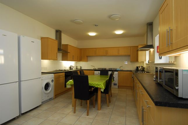 Thumbnail Property to rent in Moor View Terrace, Mutley, Plymouth