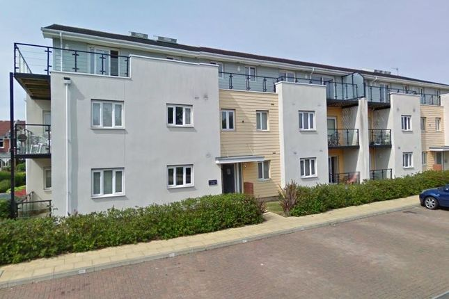 2 bed flat to rent in Gisors Road, Southsea