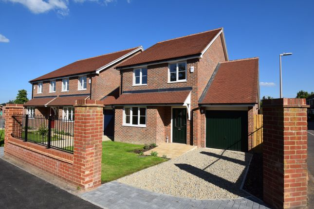 Thumbnail Detached house for sale in Wallis Gardens, Newbury