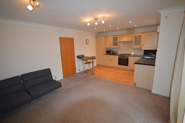 3 bed property to rent in Pickard Drive, Richmond, Sheffield S13