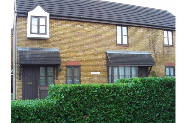1 bed end terrace house to rent in Tulip Close, Hampton, Greater London TW12