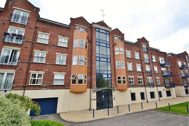 Thumbnail Flat to rent in Carisbrooke Road, Far Headingley, Leeds