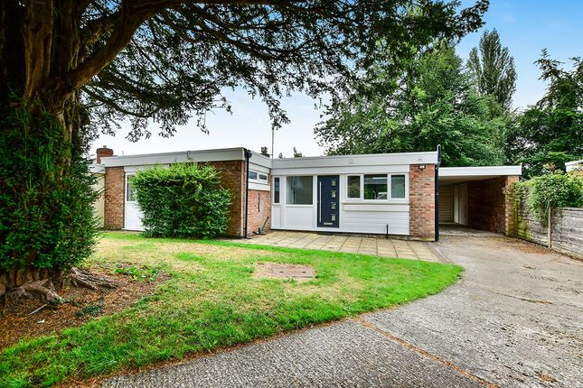 Thumbnail Bungalow for sale in Paxford Place, Wilmslow