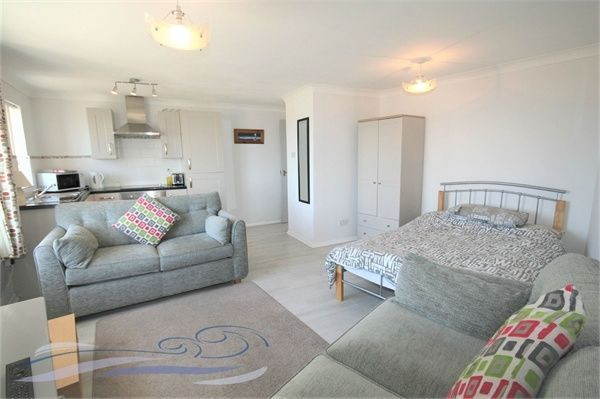 1 bed flat to rent in Camona Drive, Maritime Quarter, Swansea SA1