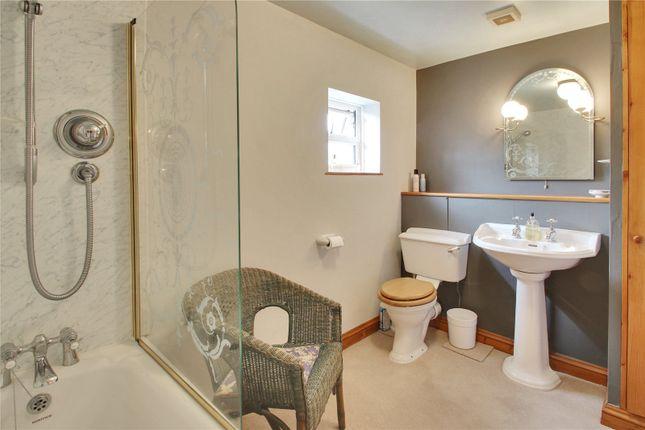 Bathroom of Haffenden Quarter, Smarden, Ashford, Kent TN27