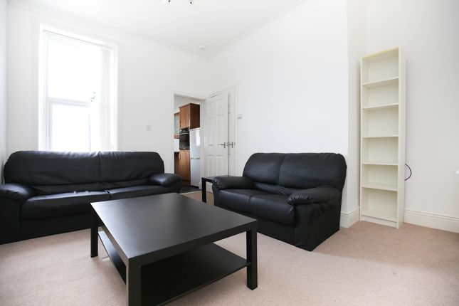 3 bed flat to rent in Hotspur Street, Heaton, Newcastle Upon Tyne