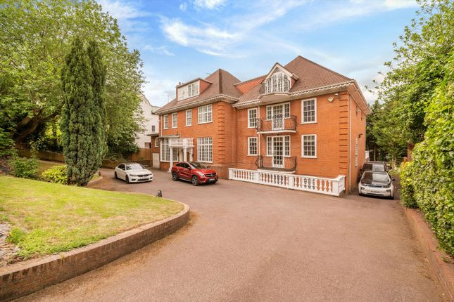 Thumbnail Detached house for sale in Hampstead Lane, London
