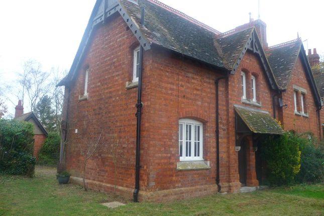 2 bedroom property to rent in Halfway Thorn, Church Brampton, Northampton