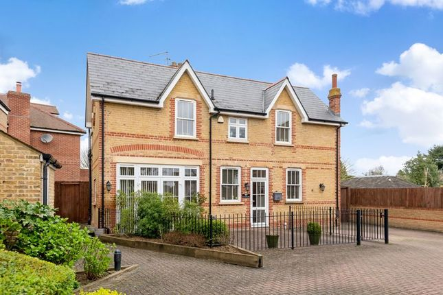 Thumbnail Detached house for sale in Wansunt Road, Bexley