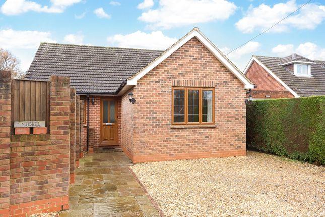 Thumbnail Bungalow to rent in Back Lane, Bucks Horn Oak, Farnham
