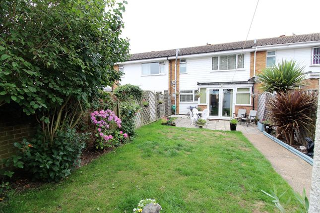 Thumbnail Terraced house for sale in Broom Knoll, East Bergholt, Colchester