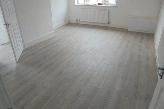 Thumbnail Flat to rent in Penllwyngwent Industrial Estate, Saville Road, Ogmore Vale, Bridgend