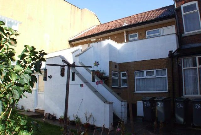 Thumbnail Flat to rent in Wilfred Place, Hartshill, Stoke-On-Trent