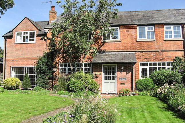 Thumbnail Barn conversion for sale in St Albans, Newmarket