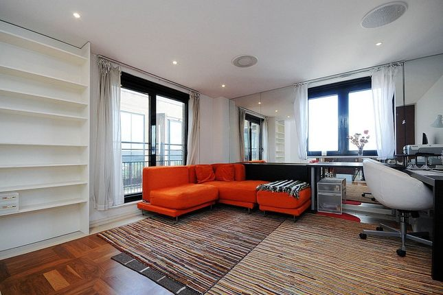 1 bed flat to rent in Cromwell Road, London