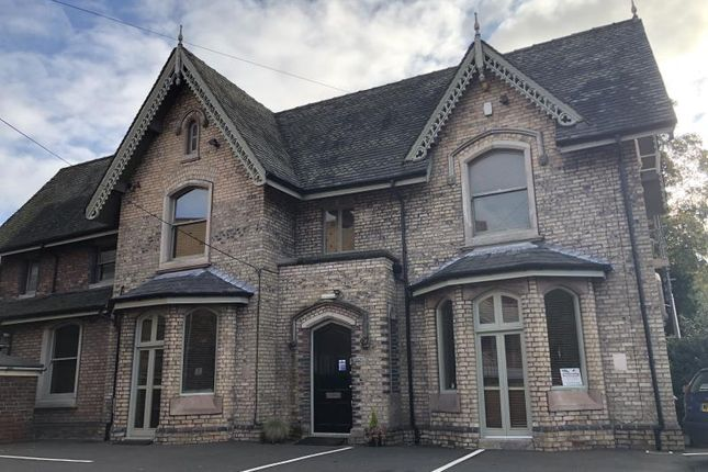 Office to let in First Floor Office Suites, Elgin Chambers, 24, Cemetery Road, Stoke-On-Trent