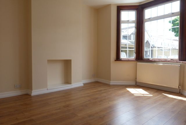 Thumbnail End terrace house to rent in Kynaston Road, Thornton Heath