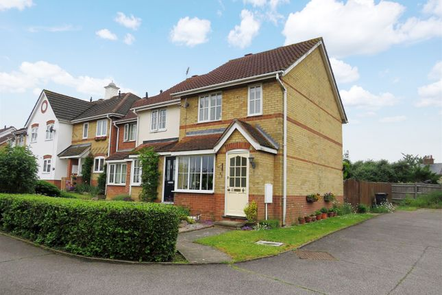 Thumbnail End terrace house for sale in Clovers, Halstead