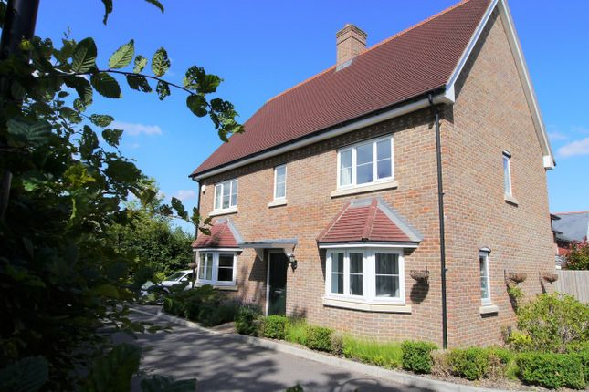 Thumbnail Detached house to rent in Ellis Road, Broadbridge Heath, Horsham