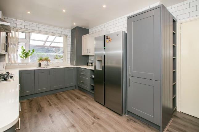 Kitchen of St. Thomas's Road, Luton, Bedfordshire, . LU2