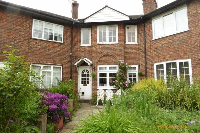 Thumbnail Cottage for sale in The Hoppety, Tadworth