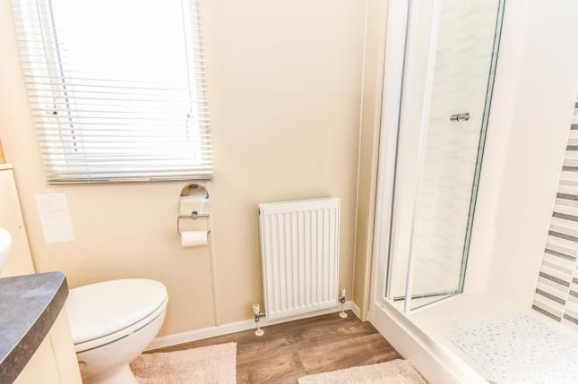 Bathroom of Chilling Lane, Warsash, Hampshire SO31